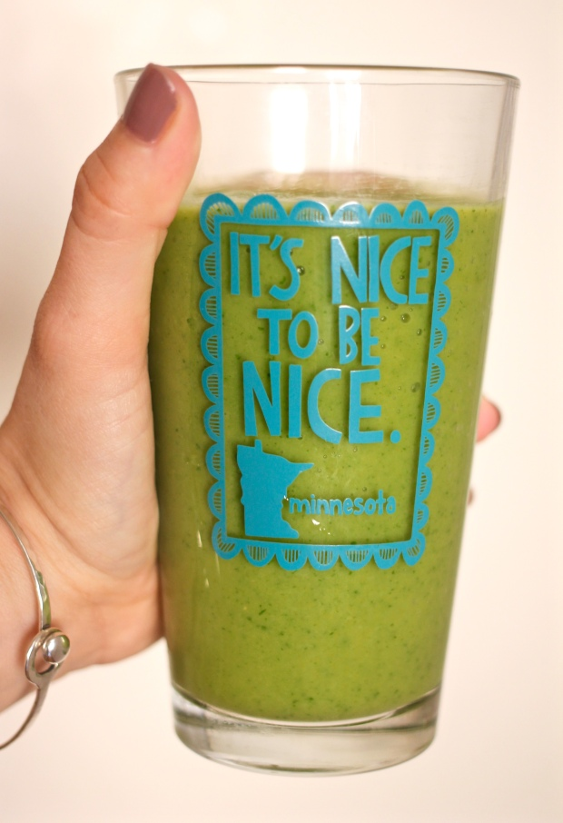 spinach mango smoothie