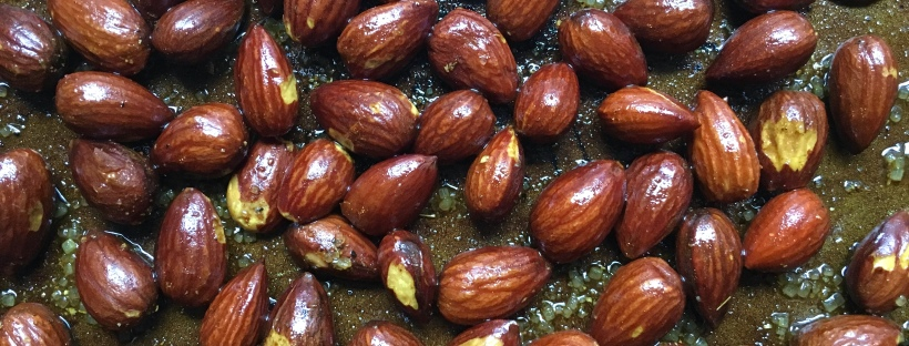 curried coconut roasted almonds