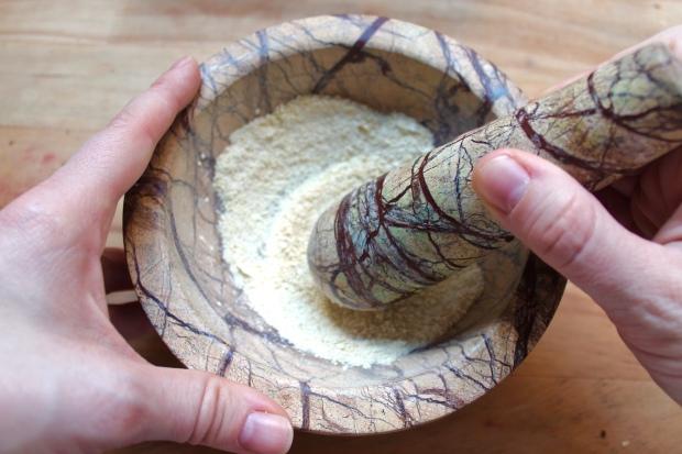 how to make garlic powder