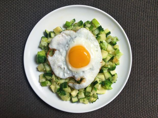 Sautéed Broccoli and Zucchini with Fried Egg